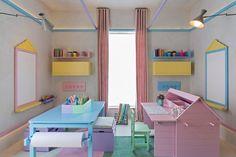 Decoração Quarto Infantil Gêmeas - Escrivaninha e Mesa (Arquiteto: Diego Revollo)