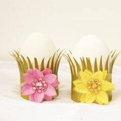 Create Easter egg holders with Glue Dots and card stock!