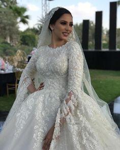 Modest Wedding Gowns, Bridal Dresses, Lace Wedding, Future Wife, Fashion, Dress, Bride Dresses, Moda, Bridal Gowns