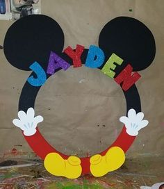 marco de mickey mouse para fotos - Google Search Mickey Mouse Classroom, Mickey E Minnie Mouse, Theme Mickey, Fiesta Mickey Mouse, Mickey Mouse Baby Shower, Mickey Mouse Parties, Mickey Party, Mickey Mouse Photo Booth, Pirate Party