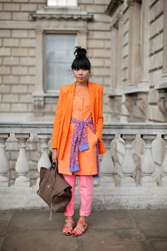 susie bUBBLE… a tangerine dream and pepper pot regular Whimsical Fashion, Colorful Fashion, Love Fashion, Fashion Trends, Orange Outfits, London Fashion Weeks, Styled By Susie, Orange Mode, Bubble Style