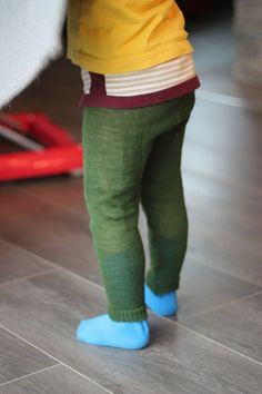 Strømpebukse i ull Leg Warmers, Legs, Crochet, Knitting Machine, Fashion, Tricot, Threading, Leg Warmers Outfit, Moda