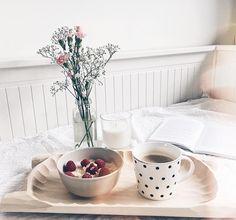 """Polubienia: 114, komentarze: 33 – wero (@soywero) na Instagramie: """"↟↟ s u n d a y ↟↟# Szybka kawka po zajęciach i na siłownie! Trzeba rozruszać kości po siedzeniu…"""""""