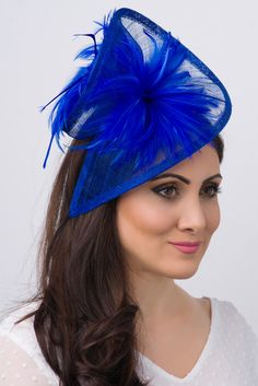 Victoria Fascinator - Royal Blue Stunning from every angle. This mesh twist fascinator has a look that's both daring and elegant. This statement-making fascinator headband rises to the occasion with a twist mesh base, fluffy bouquet Royal Blue Fascinator, Ivory Fascinator, Fascinator Headband, Wide Headband, Fascinators, Fancy Hats, Cool Hats, British Hats, Kentucky Derby Outfit