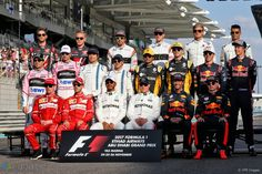 Group photographs of Formula 1 drivers from the beginning and end of seasons from 1996 to Formula 1, F1 2017, Cars 2017, Red Bul, Abu Dhabi Grand Prix, Nico Rosberg, F1 Drivers, Top Cars, Hamilton