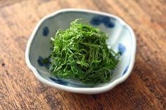 大葉・青じそを使ったレシピいかがでしたか?薬味はもちろん、いつもの料理に加えるだけで風味豊かな味わいを楽しめますよ。これから夏に向けて、新鮮な大葉が手に入る時は多めに買っても安心♪爽やかな香りと鮮やかなグリーンを楽しんでみてくださいね!
