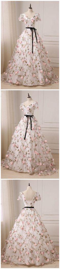 2017 A-line Princess V Neck Cap Sleeve Floor Length Prom Dresses ASD26879 #VNeck #alinedress #appliques #fashion #princess #autumn #autumncolors