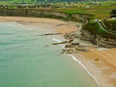 Una ruta costera para hacer en coche por 8 pueblos y playas increíbles de Cantabria.