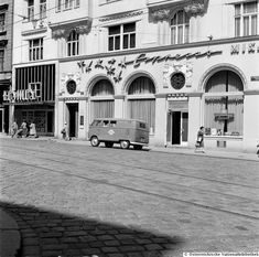 Vintage photo of a Volkswagen Bus parking in front of a Cafe in Siebensterngasse, 1070 Vienna. Dated May, Vienna Austria, Vintage Pictures, Old Photos, Old Things, Street View, Mansions, History, House Styles, Places