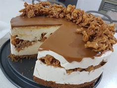 Gâteau glacé au mascarpone et spéculoos     Ingrédients pour un moule de 20 à 22 cm de diamètre     Crunch au céréales   100g Cornflake...