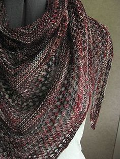 Free shawl pattern with lace intervals
