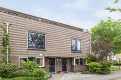 In Poortwijk Oud-Beijerland is er slechts 1 blok woningen zoals deze, met schuine muren.