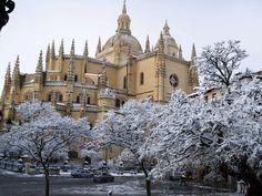Imagen nevada Catedral de Segovia