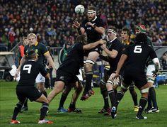 Evoluzione del gioco e del fisico: quanto contano le dimensioni? - On Rugby