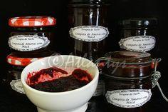 Ingredientes   1 kg de amoras   1/2 kg de maçãs   1/2 kg de açúcar para compotas   Sumo de um limão pequeno     Preparação   Lavam-se e ...
