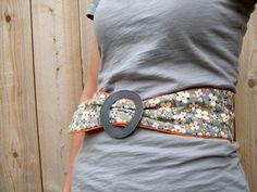Good gift idea too for ladies. Cute DIY belt tutorial for pretty fabric...