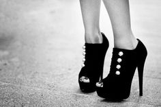 Black and white heels! cool photo