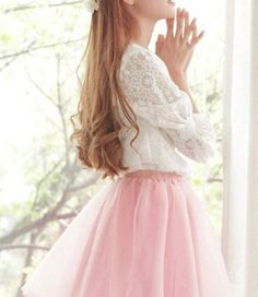 38 spring outfits on the girly side Pastel Fashion, Kawaii Fashion, Cute Fashion, Asian Fashion, Look Fashion, Paris Fashion, Girly Outfits, Skirt Outfits, Pretty Outfits