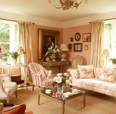 .Love this room.... cozy and feminine!