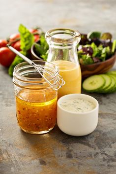 Easy tips for homemade salad dressing. Plus all the salad dressing recipes you will need. Never eat store bought dressing again! Types Of Salad Dressing, Salad Dressing Recipes, Salad Recipes, Healthy Snacks For Kids, Healthy Salads, Healthy Eating, Healthy Foods, After School, Italian Dressing Recipes