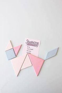 DIY: tangram magnet ★ Epinglé par le site de fournitures de loisirs créatifs Do It Yourself https://la-petite-epicerie.fr/fr/547-pates-polymeres ★