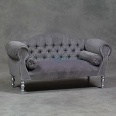 1000 images about french provincial decor modern on for Chaise diamante
