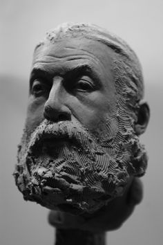 Sculpt of a bearded old man, approximatly 9-10 cm from base of neck to the top of the head
