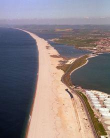 Chesil Beach http://www.chesilbeach.org/