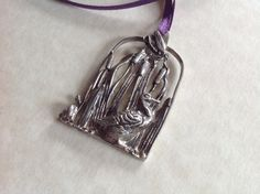 Vintage Pendant depicting a DuckSnail and by Tedsandtreasures