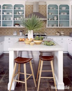 Hate Open Shelving? These 15 Kitchens Might Convince You Otherwise  - HouseBeautiful.com