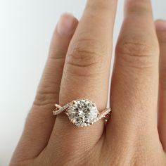 !!This ring is amazing!! Love the rose gold too!