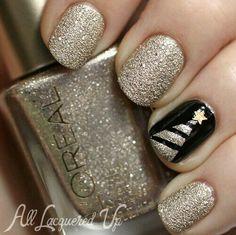 #Holiday #Nails