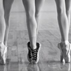 Ballett and sneakers? YES!