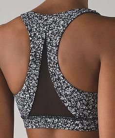 Yoga Clothes Ideas : The Invigorate Bra is made with mesh ventilation for your sweatiest pursuits. Workout Attire, Workout Wear, Sport Style, Athletic Outfits, Athletic Wear, Sport Fashion, Fitness Fashion, Fitness Outfits, Dance Outfits