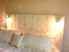 Reclaimed Wood Headboard, I love it My Home Design, Bedroom Makeover, Wood Headboard, Reclaimed Wood Headboard, Nelson Homes, Rustic Wooden Headboard, Remodel Bedroom, Home Decor, Rustic Room