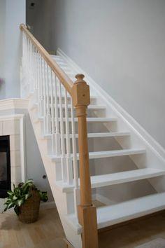 Vous souhaitez équiper votre intérieur d'un nouvel escalier ? Plusieurs critères à savoir pour guider votre choix : Quel espace ? Quelle forme (tournant, droit, quart tournant, hélicoïdal, etc…) ? Quel matériau (bois, acier, verre, béton, etc…) ? Design contemporain ou classique ? Quel type de sécurité (garde-corps, rampe, profondeur marches, taille des contremarches…) ? Quel prix ?   Devis gratuit d'escalier pour trouver un pro près de chez vous ! #escalier #maison #devis #travaux