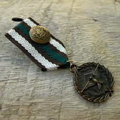 Military 3 colors Brown White Green Ribbon-Bronze Medal Badge Custom Jewelry with safety pin for clothing decoration