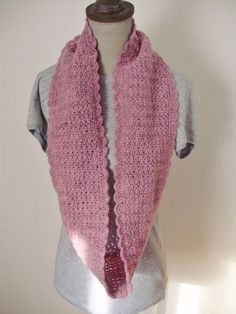 snood rose bordure coquilles