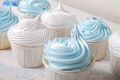 blue and white cupcakes Baby Shower Cupcakes For Boy, Cupcakes For Boys, Baby Boy Shower, Baby Showers, Cheesecake Cupcakes, Yummy Cupcakes, White Cupcakes, Christening Cupcakes, Happy Drink
