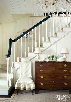 FOYER – great example of an impressive way to welcome guests. Farmhouse style.