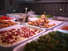 Gastronomie libanaise par le chef Hassan Issa ouvert tous les jours de 12 à 22h, brunch le weekend de 12h à 16h - 81, rue Olivier de Serres 75015, Paris, M° Porte de Versailles ou Convention