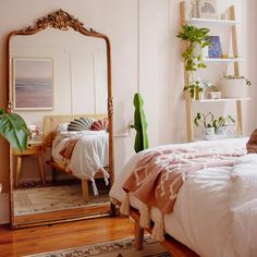 Modern Bohemian Bedroom Decor Ideas - Bohemian Home Bedroom Room Ideas Bedroom, Home Decor Bedroom, Bedroom Wall, Bed Room, Bedroom Designs, Big Mirror In Bedroom, Bright Bedroom Ideas, Master Bedroom, Bedroom Mirrors
