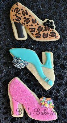 Fun high heel shoe cookies perfect for a girls night!  http://www.annclarkcookiecutters.com/product/glass-slipper/dress-up-cookie-cutters