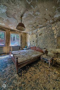 Abandoned Hospital   by Urbex Diary