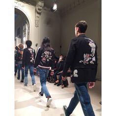 スカジャン❤️ Yokosuka Jacket. ずっと背中を見ていました。 #Valentino #パリコレ1 #pfw