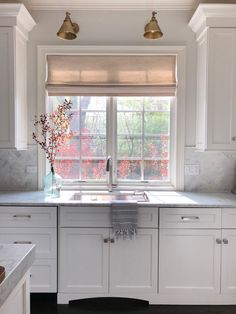 White kitchen with white marble While marble counters are timeless and beautiful, they are extremely fussy and everything has to be prepped with caution White kitchen with white marble #Whitekitchen #whitemarble