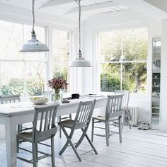 Dining room design ideas, whatever the space and budget you have to play with. Find inspiration for your dining room design with these looks and styles All White Room, White Rooms, Modern Conservatory, Conservatory Extension, Glass Conservatory, Interior Design Blogs, Room Interior, Sweet Home, White Cottage