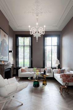 modern glam living room decor idea - Home Decor Design Interior, Glam Living Room Decor, Paper Chandelier, Eclectic Interior, Vogue Living Interiors, Home Decor, House Interior, Home Interior Design, Home And Living