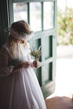 Vestido de Comunión Candela Girls Dresses, Flower Girl Dresses, Dream Wedding, Tulle, Wedding Dresses, Clothes, Happy Endings, Cottage, Kids