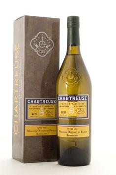 Chartreuse M.O.F. - Cuvée des Meilleurs Ouvriers de France sommeliers #chartreuse #liqueur #voiron
